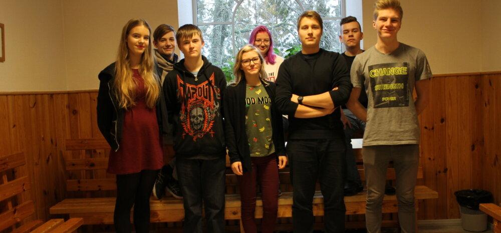 Lõbus nädal Emmaste Põhikoolis: Hiiumaal õppimine oli hea vaheldus kärarikkale Tallinnale