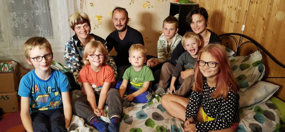 """""""Kodutunne"""" jõuab lõpuks ometi 10 lapsega pere juurde, kes on abi oodanud rohkem kui kaks aastat"""