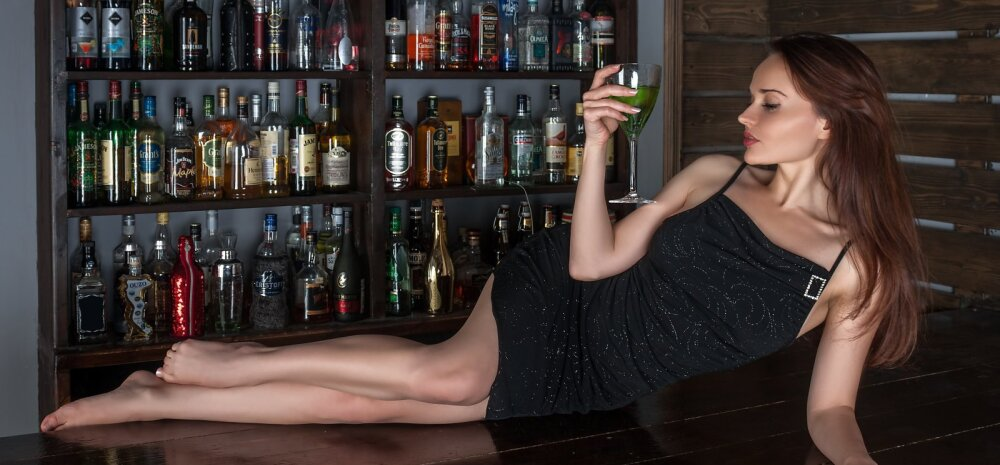 Naisteka lugejad ütlevad: milline käitumine on suhtes olevale inimesele ööklubis kohane?