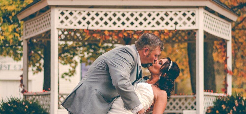 Märgid, mida tuleks oma pulmi planeerides silmas pidada: mis ennustab igavest õnne, mis aga garanteerib abielule kiire ja valusa lõpu?