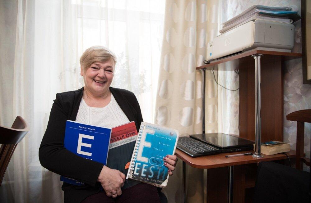 Marjalasse tuli Katre Grigorjeva tööle umbes aasta tagasi soome keele õpetajaks, kuid ütles kohe, et on eestlanna ja võib õpetada ka eesti keelt.