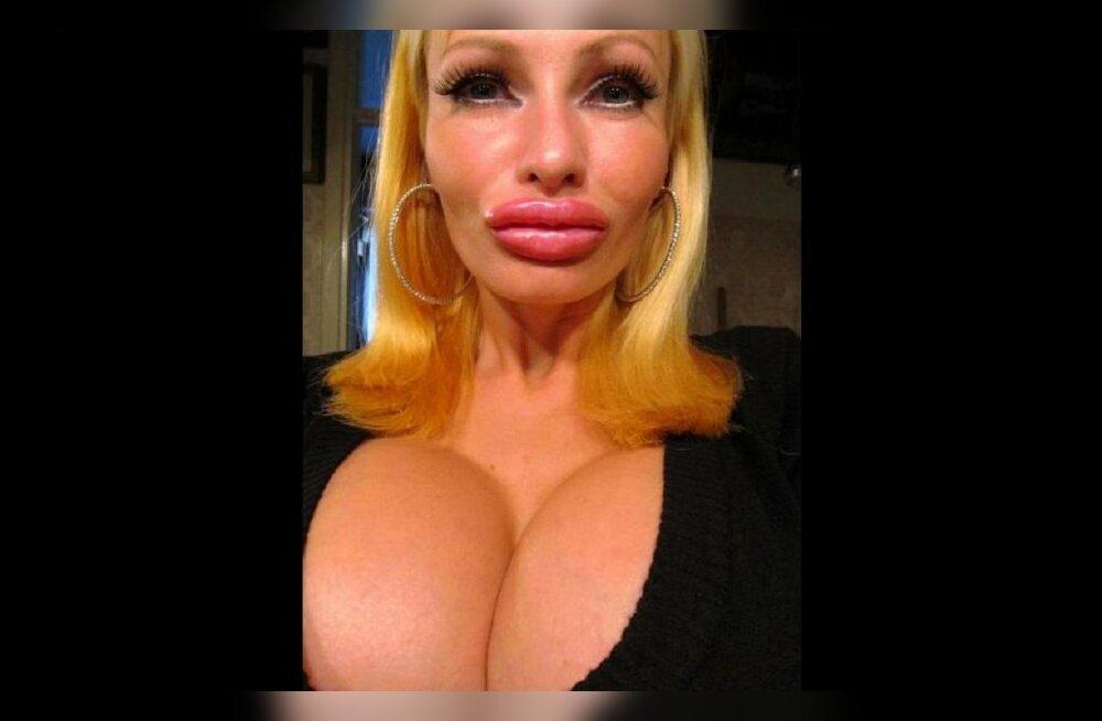 Секс с огромной грудью видео 14