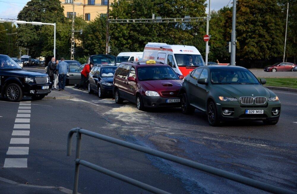 В Эстонии 1500 автокресел Britton признаны небезопасными: фирма от ответственности увиливает