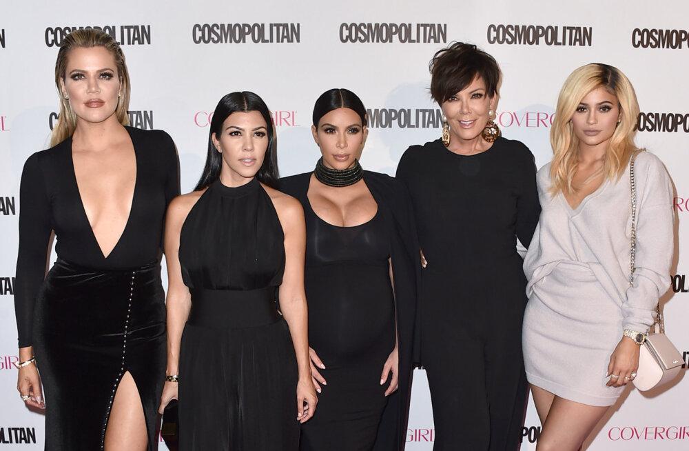ARST HOIATAB: 6 Kardashianide vagiinahoolduse soovitust, mida mingil juhul järgida ei tohiks