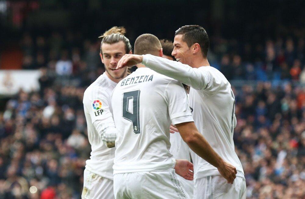 Mängukeelu all Ronaldo üritab Bale´ist ja Benzemast lahti saada