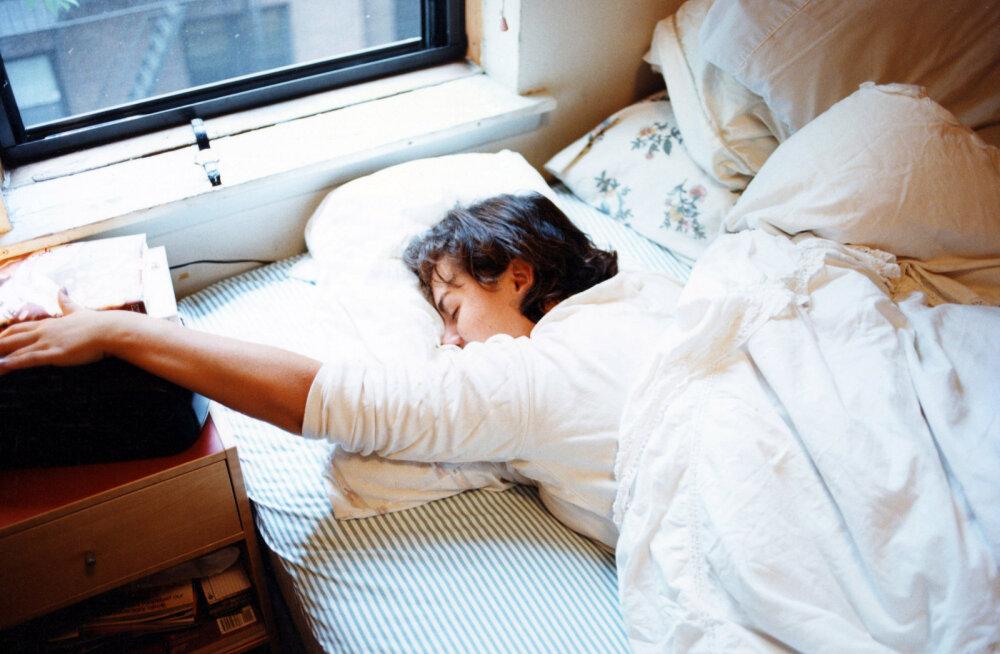 Выбраться из постели за 60 секунд: как сделать невозможное
