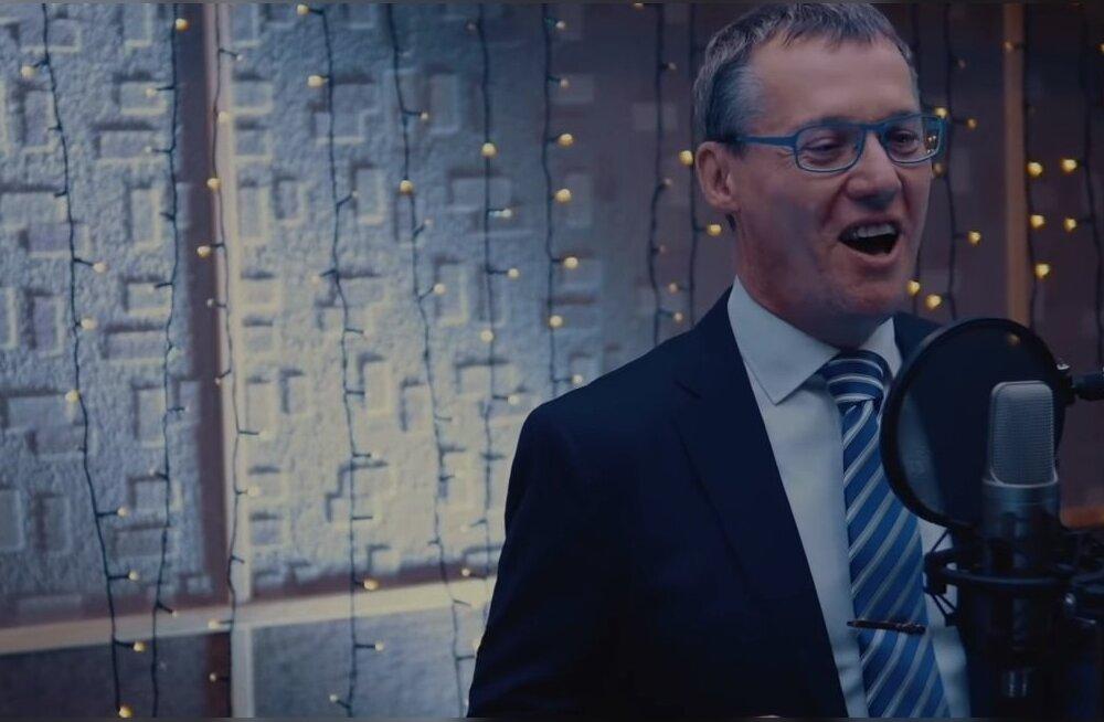 ВИДЕО: Таммисте, Чердаков, Дмитриев и другие известные нарвитяне поздравили рэп-песней Эстонию с Новым годом