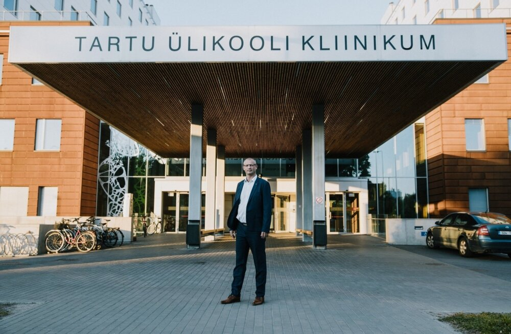 Tartu ülikooli kliinikumi uueks juhatuse esimeseks valiti uus inimene – Priit Eelmäe.
