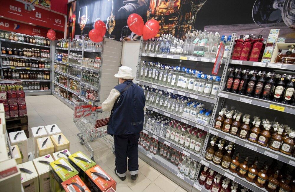Valitsus tahab alkoholi poodides ära peita.