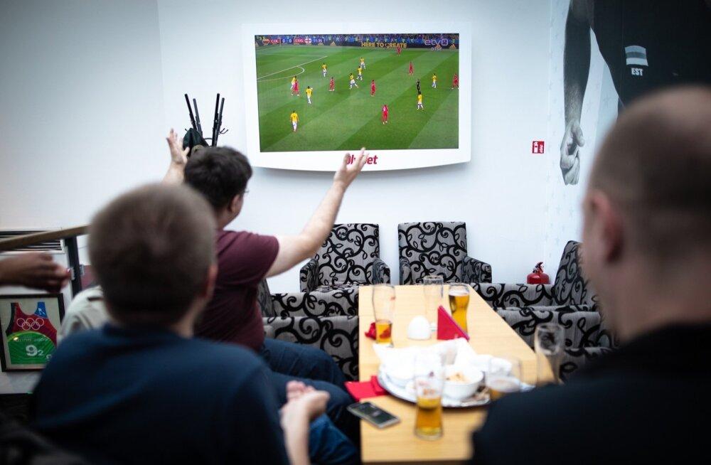Jalgpalli MM toob palju jalgpallisõpru spordibaaridesse üheskoos mänge nautima.