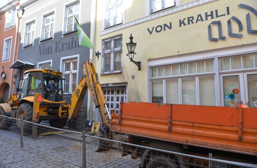 Tallinnas ärandati päevinäinud ekskavaator