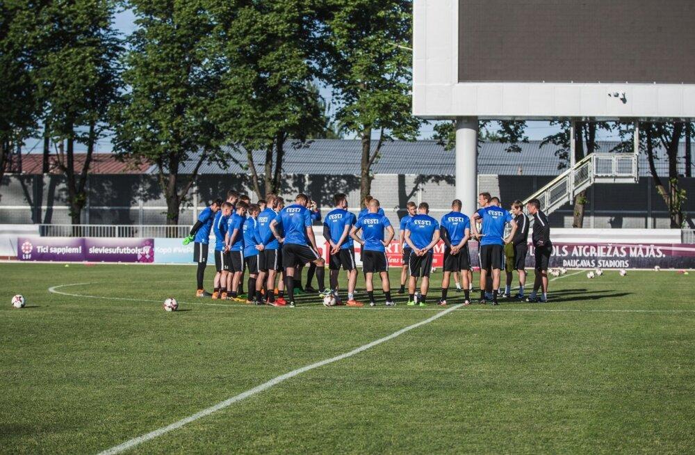 Eesti jalgpallikoondise treening ja pressikas