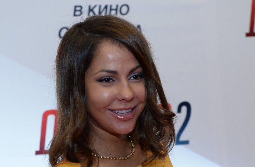 Soovist Venemaa presidendiks kandideerida teatas pornonäitlejanna Jelena Berkova