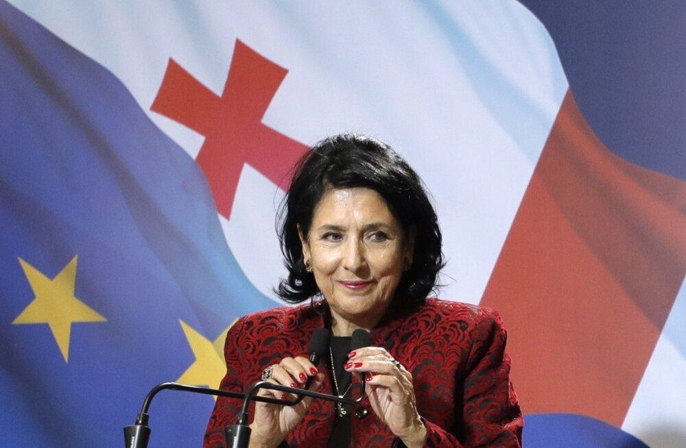Gruusia presidendivalimised võitis valitseva erakonna toetatud Salome Zurabišvili