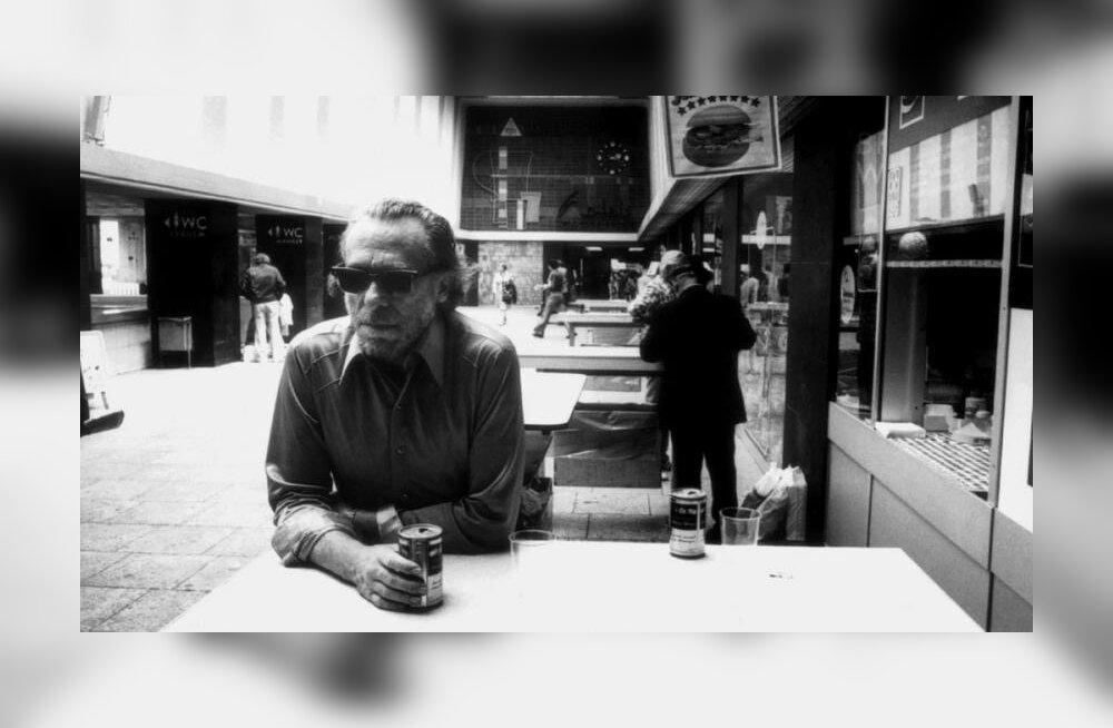 Kes oli Charles Bukowski? Kas vastik nilbe vanamees või tundeline revolutsionäär ja vaesema klassi hääletoru?