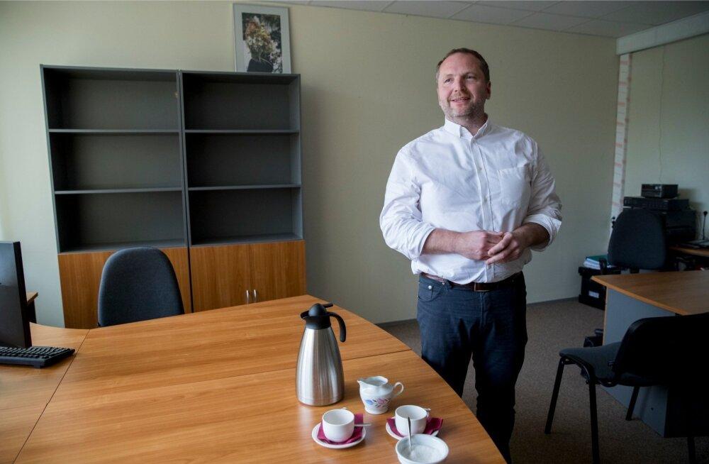 Prokuratuur pidi tõendite puudumise tõttu Anders Tsahkna ja teiste ärimeeste kriminaalasja lõpetama, andmata kedagi kohtusse.
