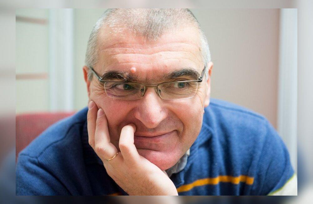 ФОТО: Самородний написал очередную книгу, на сей раз — о русской политике в Эстонии