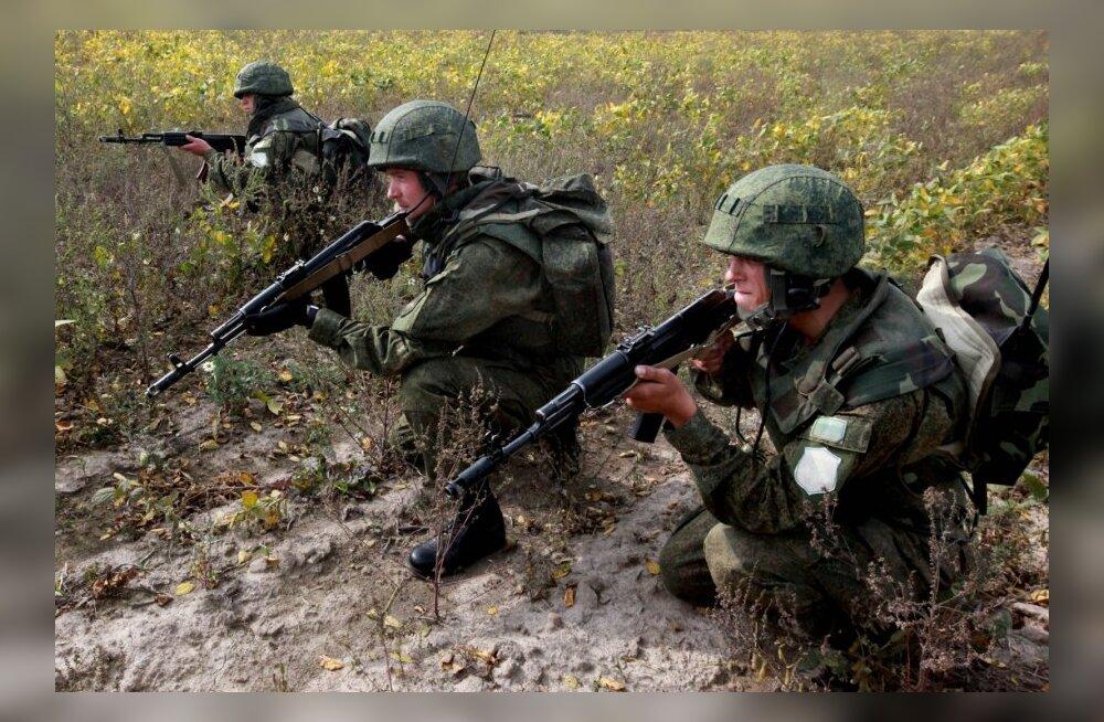 Vostok-2014 õppusel osalevad sõdurid