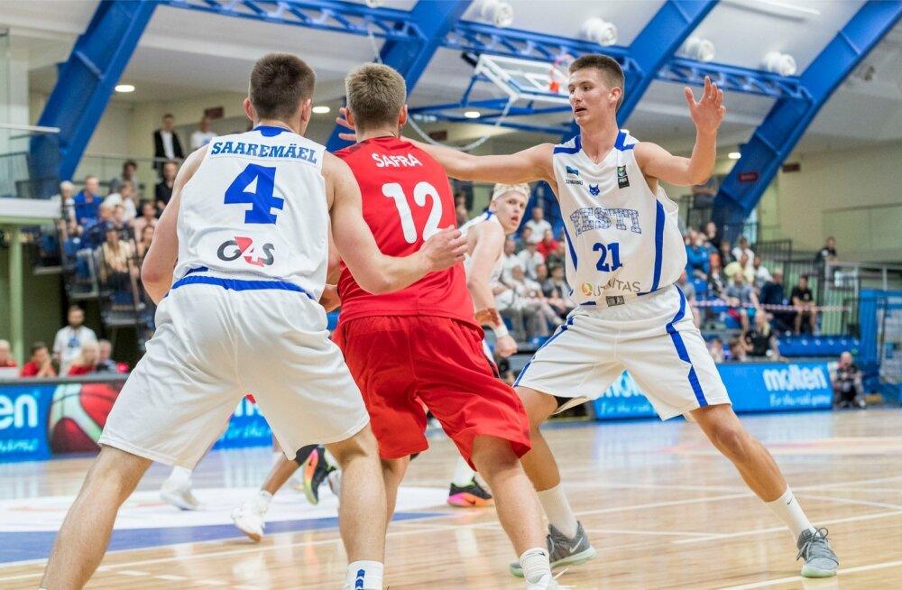 Tallinnas alguse tõeline korvpallipidu: 24 meeskonna osavõtul peetakse maha U18 vanuseklassi B-divisjoni EM-finaalturniir. Eesti kohtus avamängus Šveitsiga ja võitis suureskooriliselt 94:55.
