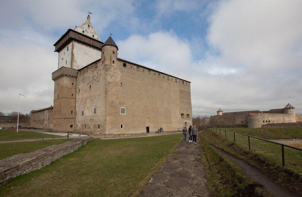 Tüli Narva linnuse renoveerimise ümber