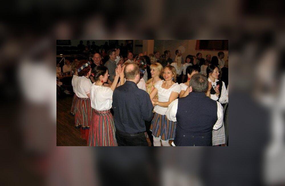 Rannu Rahvamajas peeti taas Tartumaa tantsijate talvefestivali Tantsutallad