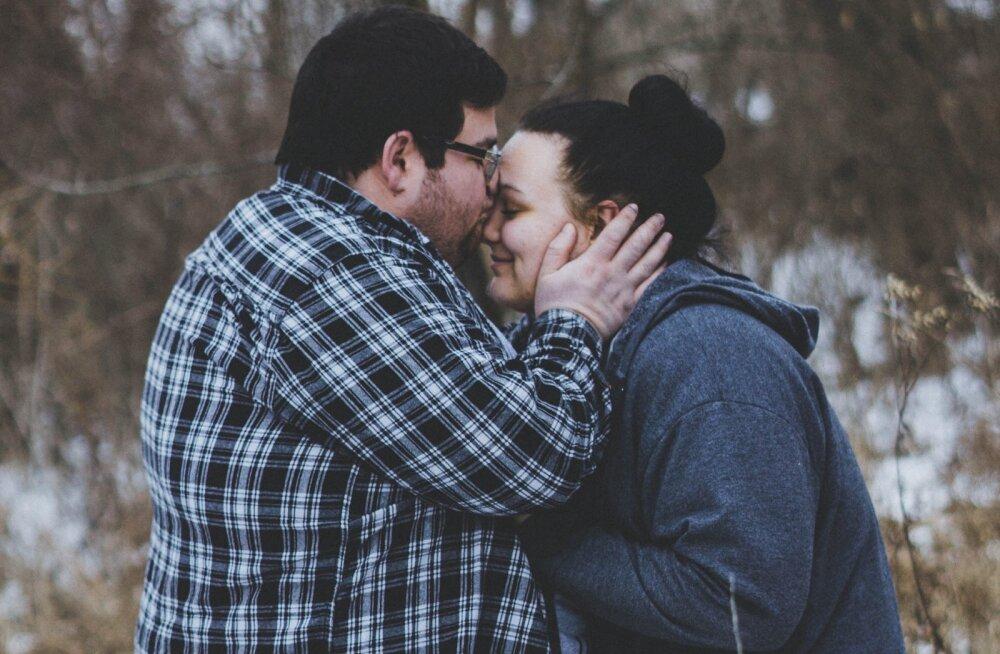 Soovitused meestele, mida võiksid kuulda võtta ka naised: kuidas teha oma suhet kõrvalsuhtekindlaks?