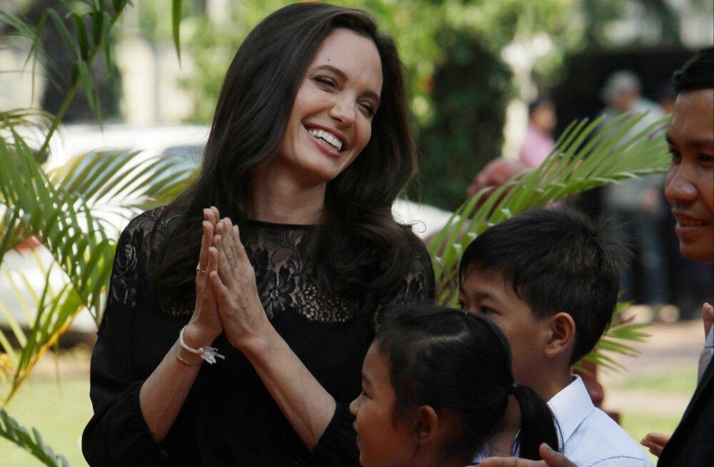 Angelina Jolie andis intervjuu Kambodžas.