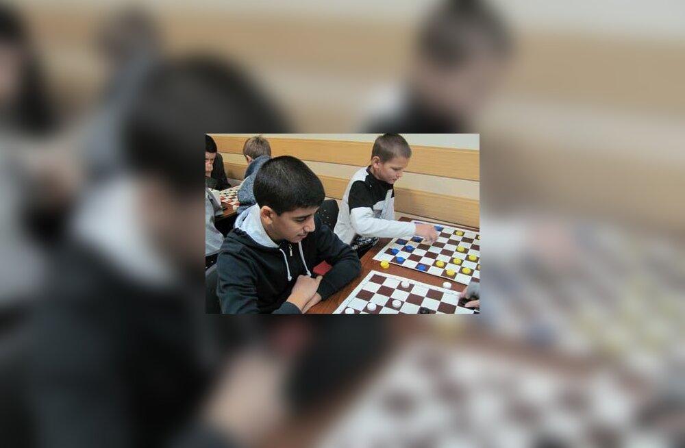 Venemaa rahvusvaenu verevalamine jõudis kooli