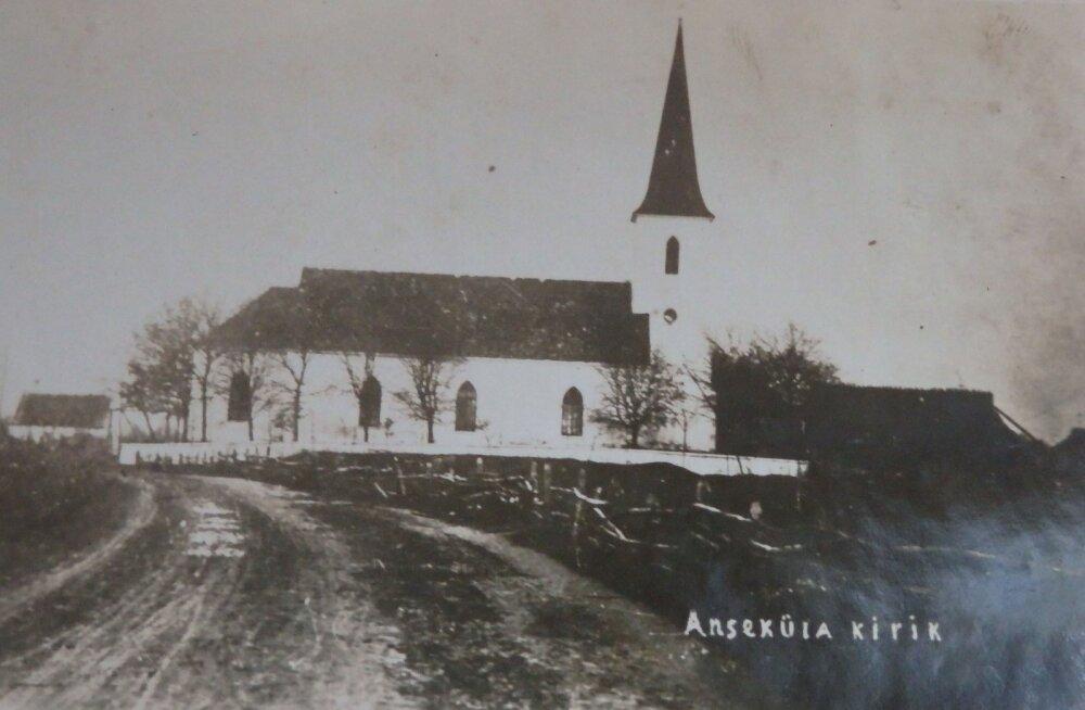 Jaak Juskega kadunud Eestit avastamas: kuidas iidne kirik tuletornina ümber sündis