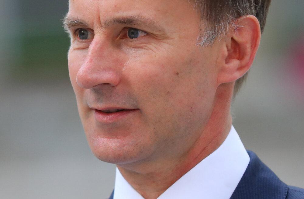 Suurbritannia sai juba uue välisministri - teatepulga võtab üle senine terviseminister