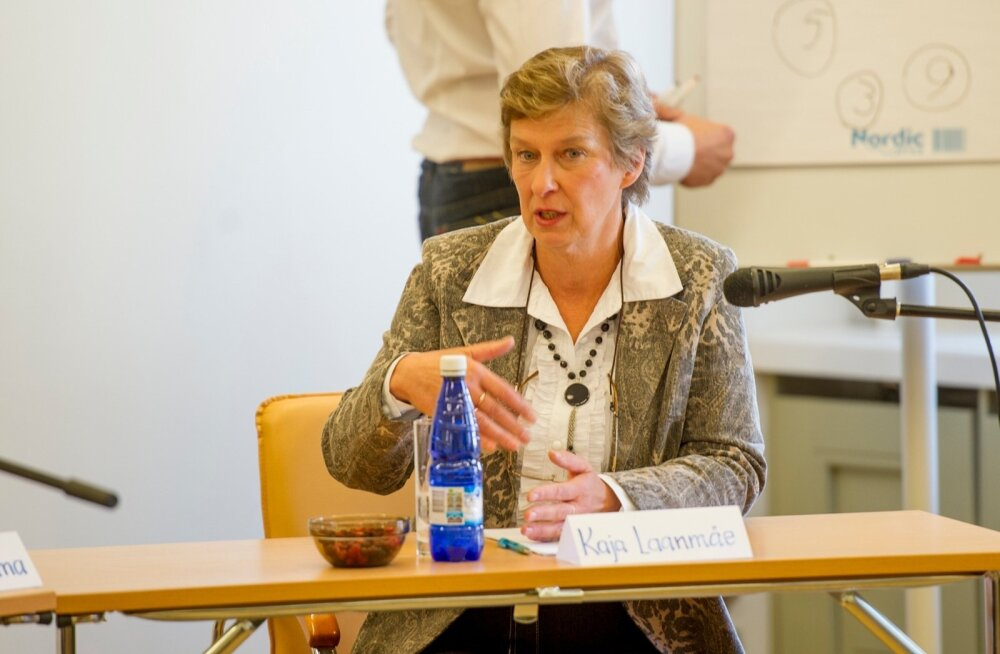 Merivälja kooli direktor Kaja Laanmäe ei kavatse oma kohast loobuda.