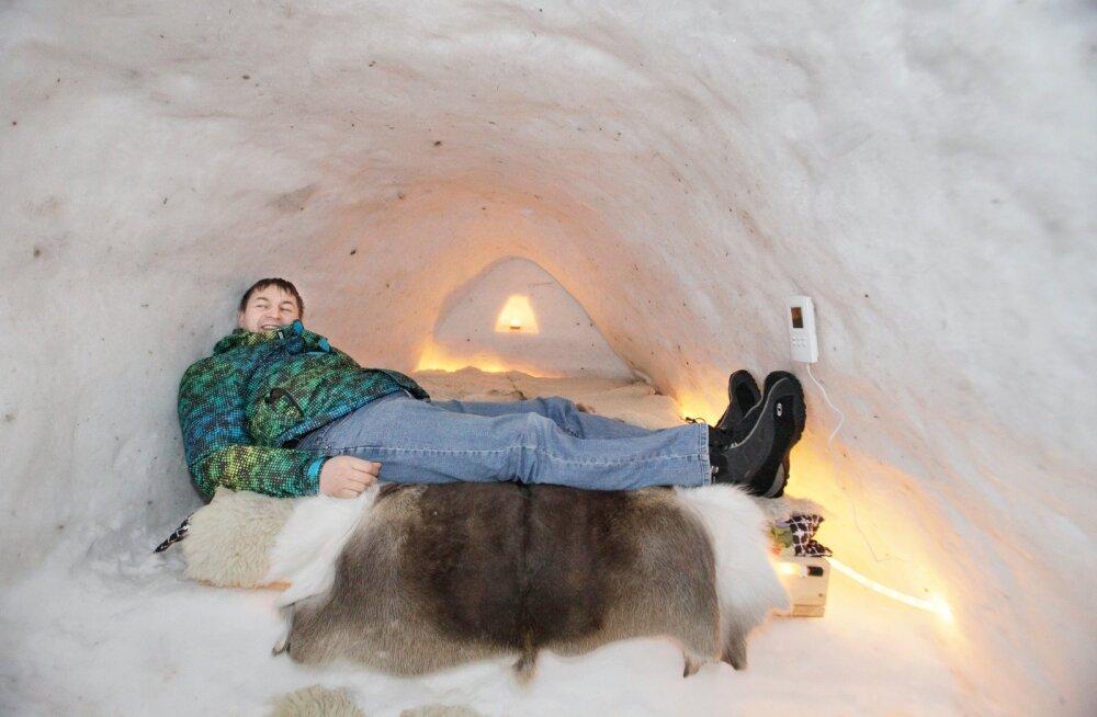 Aivo Värton Nõiariigi lumehotellis.