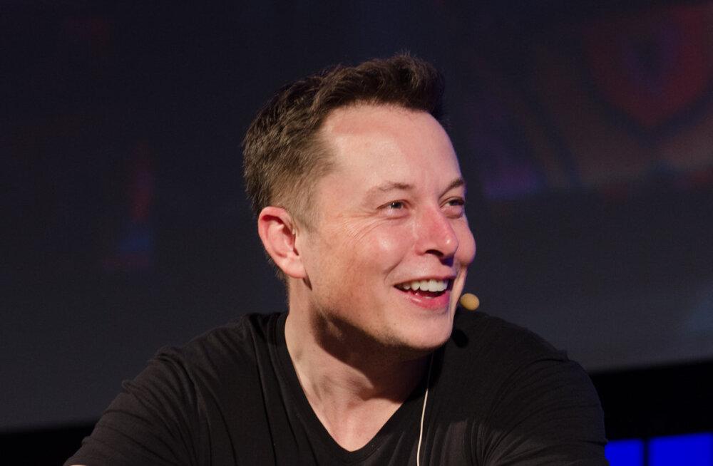 Elon Musk teavitas Tesla töötajaid põhjalikust ümberkorraldusest firmas