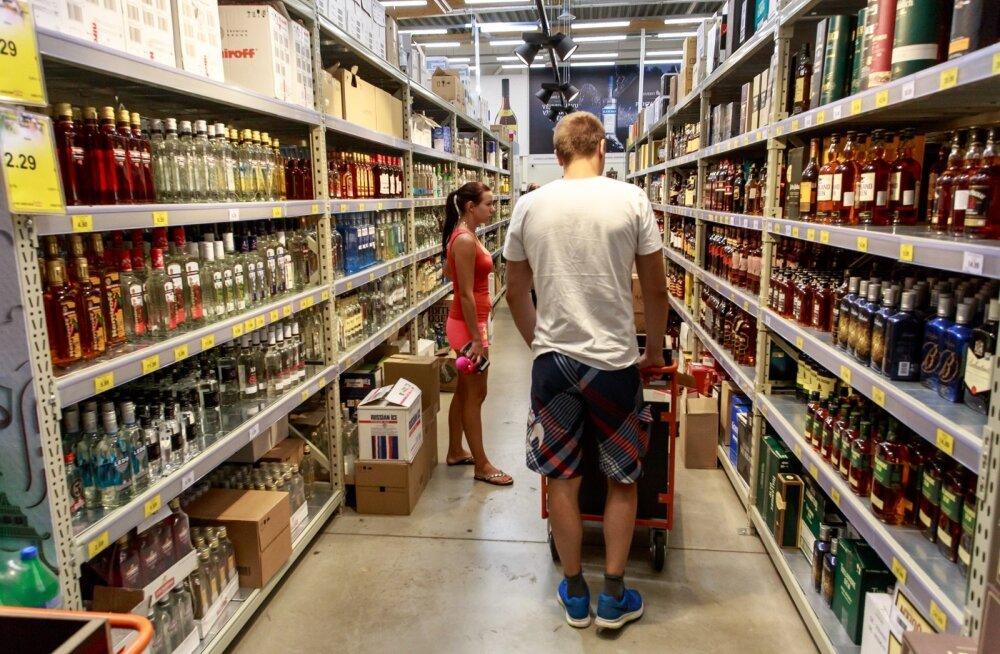 Tarbijahinnaindeksit mõjutas septembris enim toit. Aastaga suur kasv alkohinnas