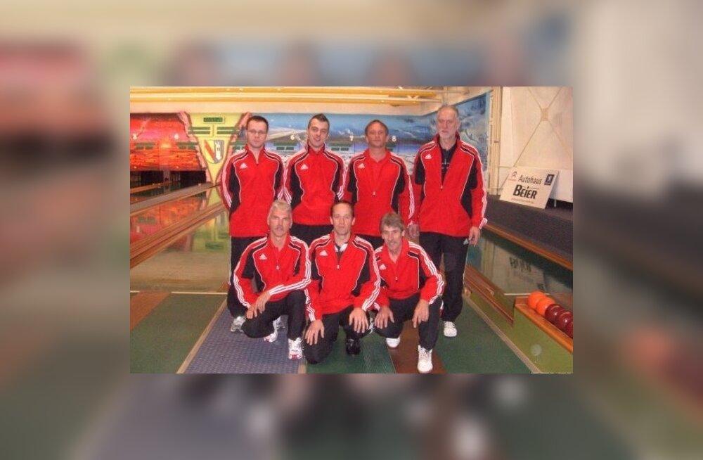 TuS Gerolsheim võistkond, Markko Abel tagareas vasakult esimene, sportkeegel