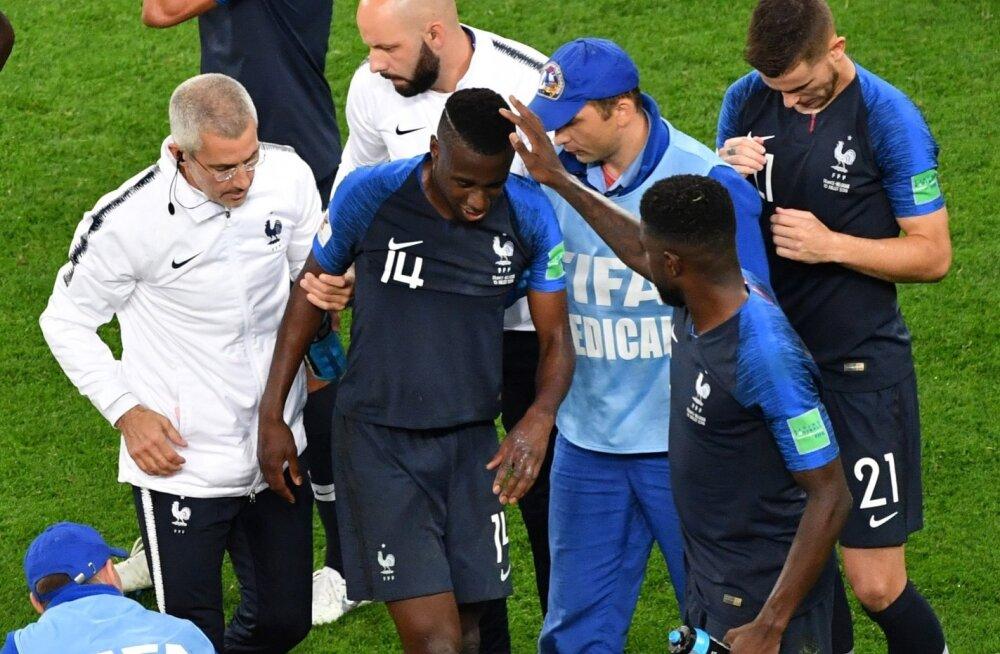 Blaise Matuidi toimetati MM-i poolfinaalis väljakult ära alles siis, kui ta kokku vajus.