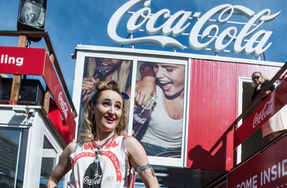Coca-cola pop up pood