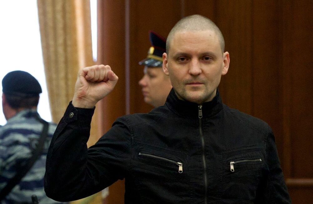 Venemaal vabanes vanglast rahutuste korraldamises süüdistatud opositsionäär Udaltsov