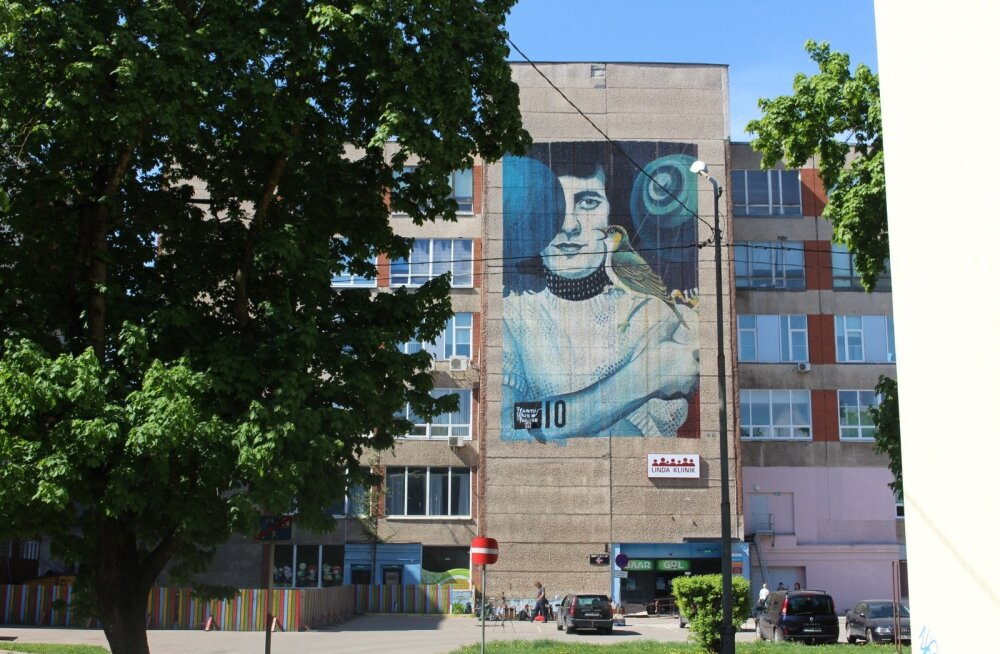 Kremli ööbikute Jaak Joala portree SprayPrinteriga katse 2, Narva