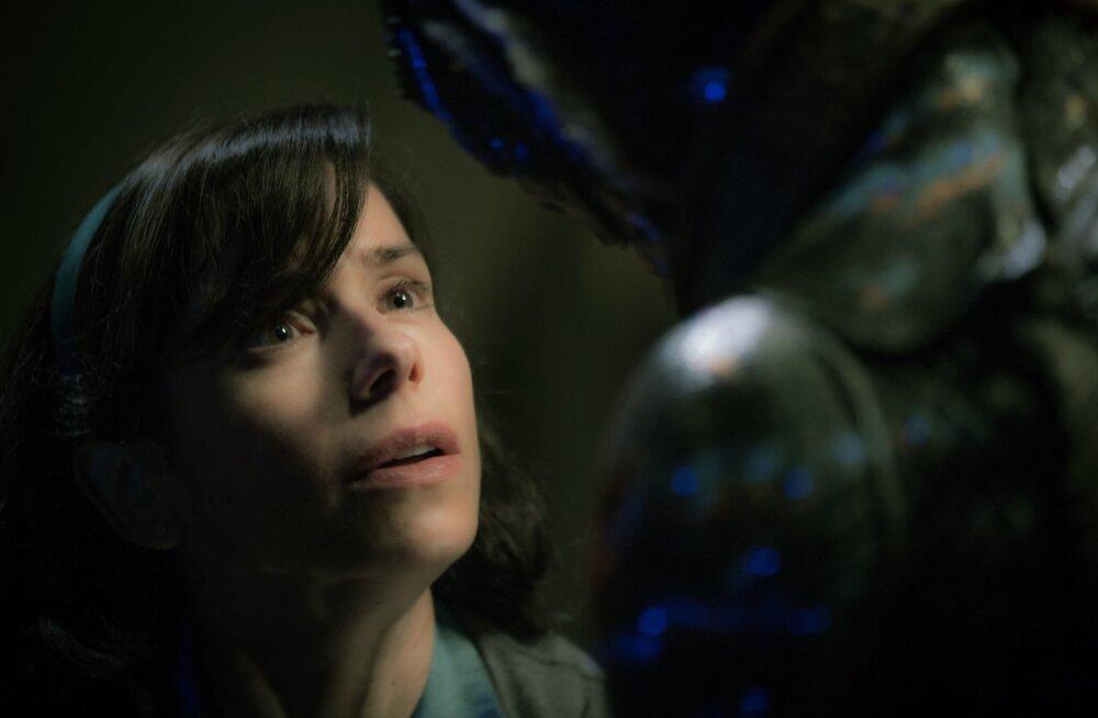 """Veneetsia filmifestivali peaauhinna võitis Guillermo del Toro õudusfantaasia """"The Shape of Water"""""""