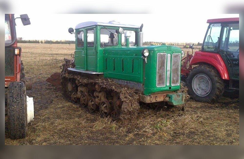 Paljud kunagi müüki pandud linttraktorid on veel praegugi töökorras, suur osa läks metalli või jäi aastateks aia taha.