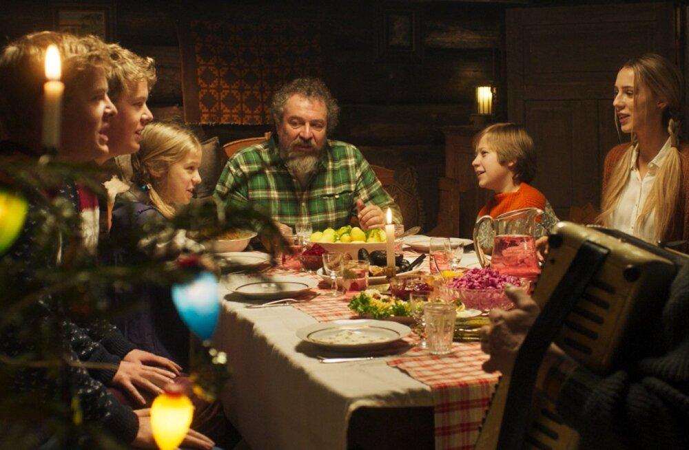 """Kogupereseiklus """"Eia jõulud Tondikakul"""" loob mõnusa jõulutunde ja pakub visuaalset elamust."""