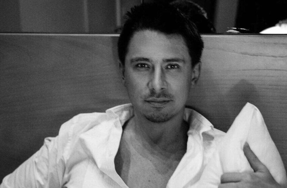 ВИДЕО: Тимур Батрутдинов развлекся с полуголыми моделями в отеле