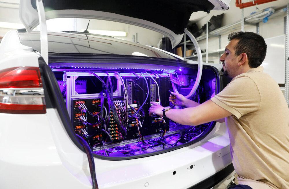Saladus: isejuhtivustehnoloogiafirma sõlmis lepingu kaheksa miljoni auto ehitamiseks, aga millise tootjaga, ei öelda