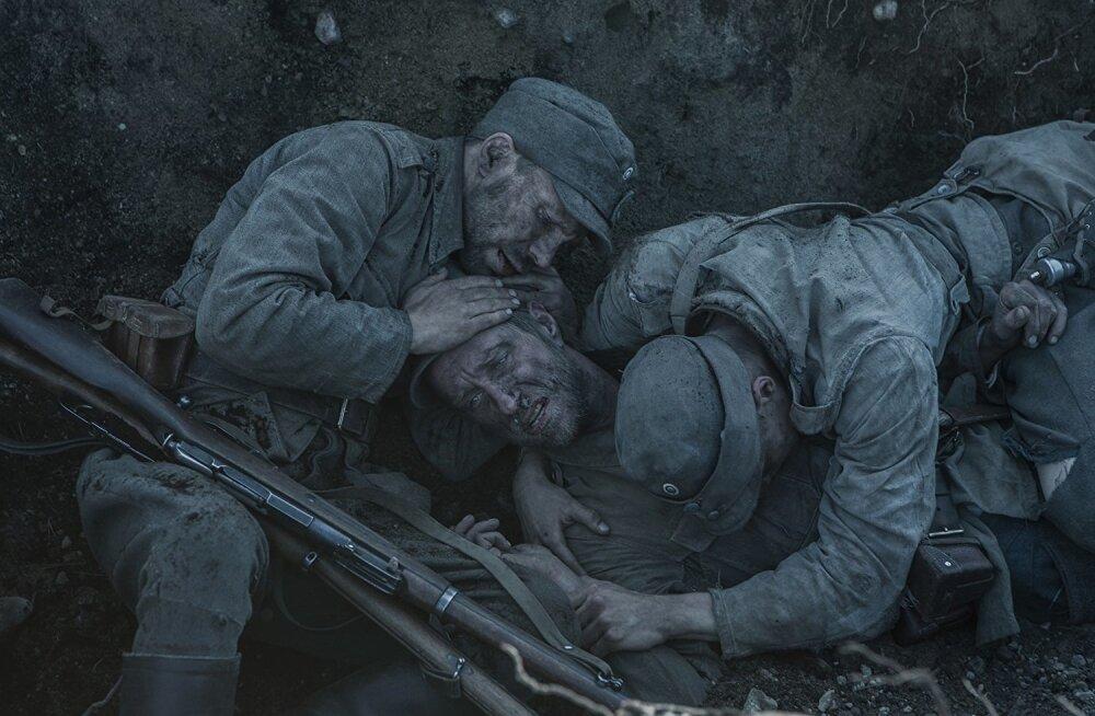 Film loob elusad karakterid, kes kõik omamoodi sõja koledustega võitlevad ja ellu jääda püüavad.