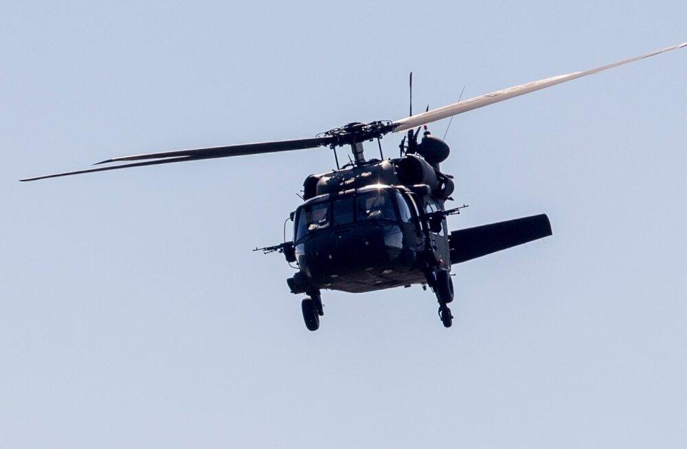A-10 hävituslennukid maandusid Piibe maanteel