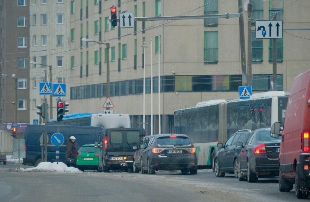 Liiklus Gonsiori tänaval