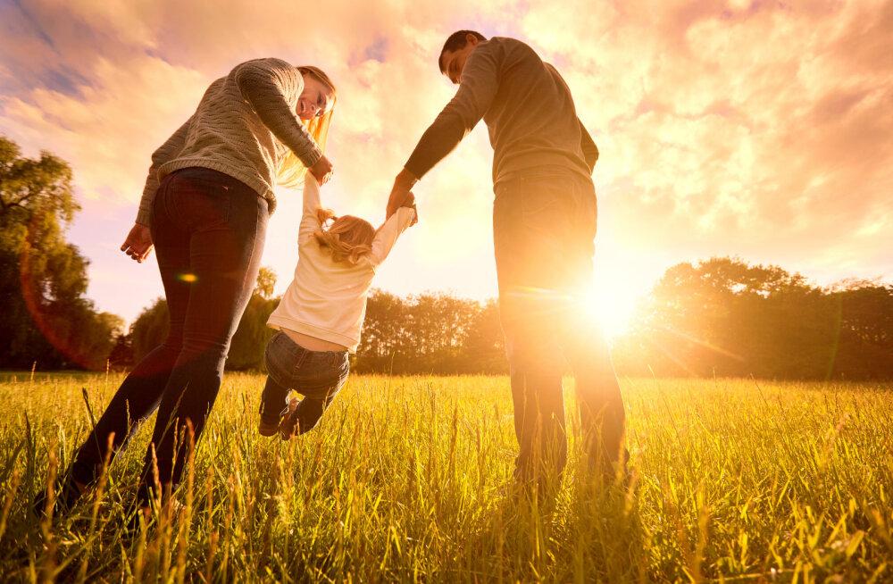 Emahoroskoop: kuidas sinu tähemärk emarolliga hakkama saab?