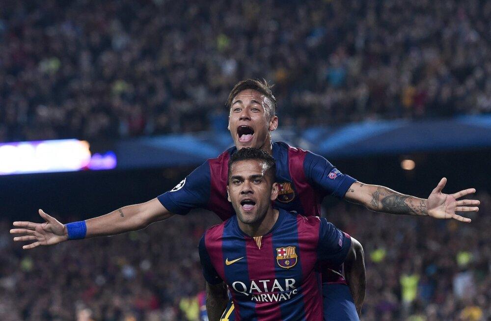 Dani Alves ja Neymar