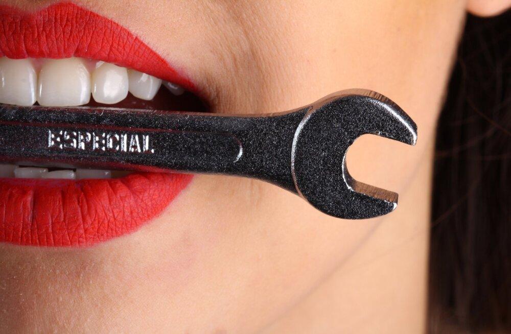 Hambaarst selgitab: mida teha tarkusehammastega?